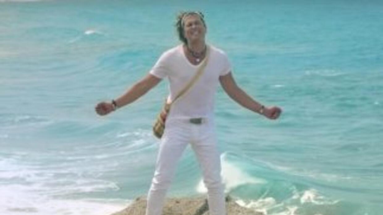 Carlos Vives en La Tierra del Olvido. (Foto: YouTube)