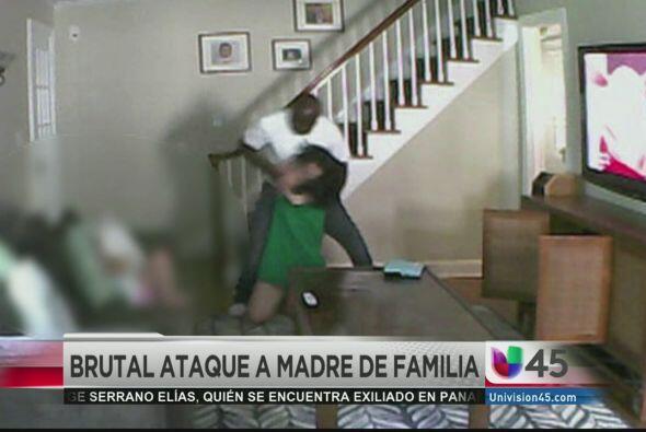 Una cámara escondida que una madre usaba para monitorear a la niñera de...