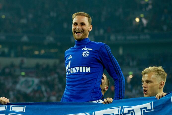 Benedikt Höwedes, del Schalke 04, sería una gran posibilidad para la Juv...