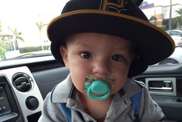 Este lindo bebé se llama Mauro y ya es todo un actor.