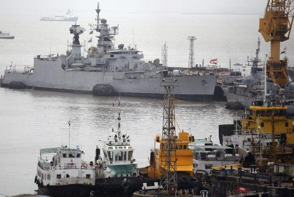 El INS Sindhurakshak es uno de los varios submarinos de su clase que la...