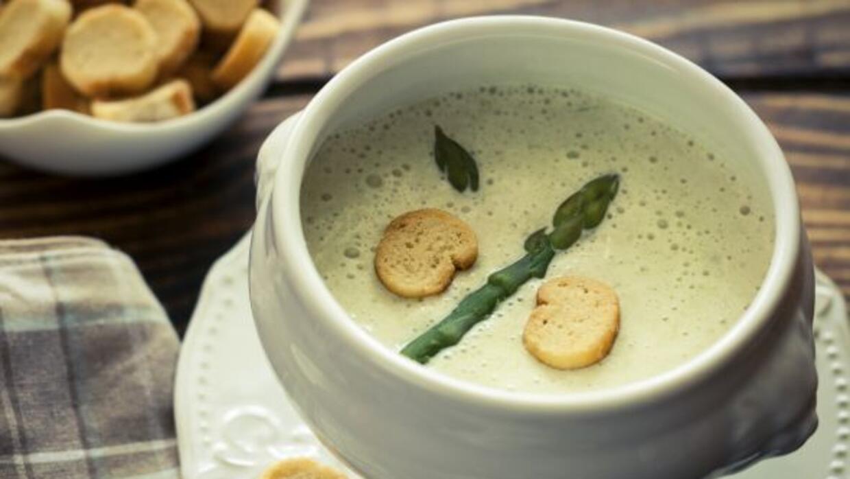 No te pierdas estas deliciosas sopas que harán de tus días fríos, algo m...