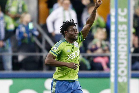 Obafemi Martins se ha convertido en uno de los favoritos de la afición d...
