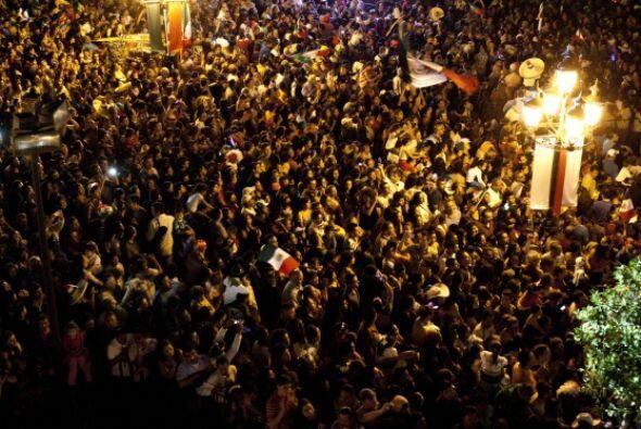 Quien ante miles de asistentes inició con ¡Mexicanos, vivan los héroes q...