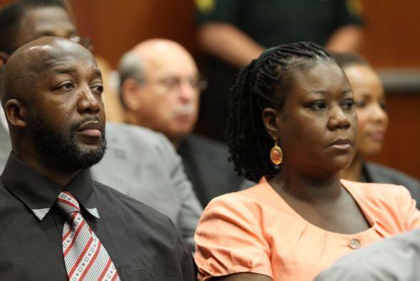 20 de abril de 2012. El magistrado le fija a George Zimmerman una fianza...