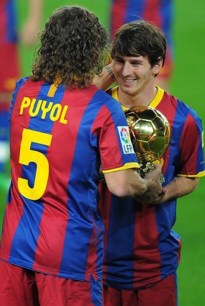 El argentino fue felicitado por todos sus compañeros.