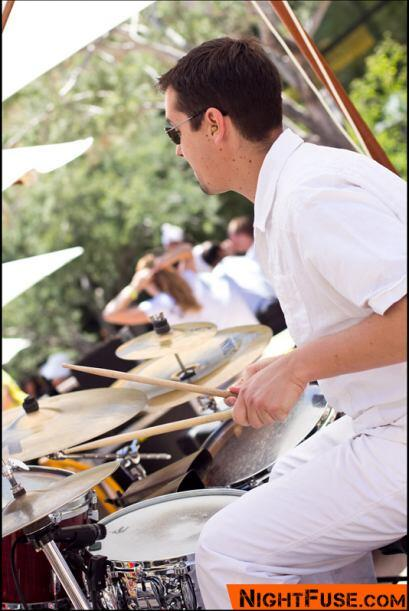 El baterista del Grupo Liberdade Emerson Laffey.