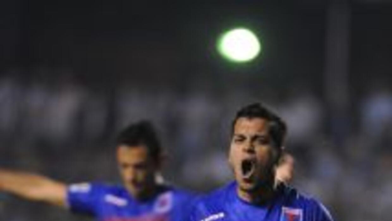 Tras golear por 5-3 a Libertad, Tigre clasificó a octavos de la Libertad...