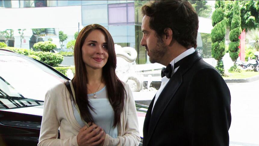 Adriana Louvier tuvo mucho amor en Yo No Creo En Los Hombres  015BD6AD61...