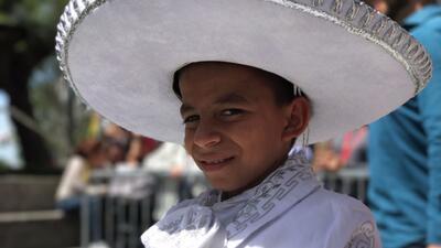 Así se encuentra Marlon, el niño hondureño que cantaba en las calles par...