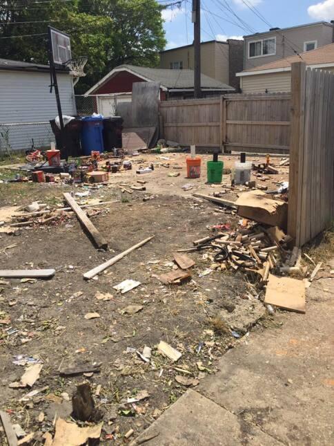Vecinos del oeste de Chicago reportaron que fuegos artificiales que se p...