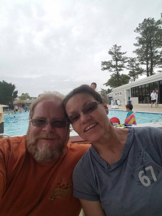 R. Scott Marshall y su esposa Karen Marshall