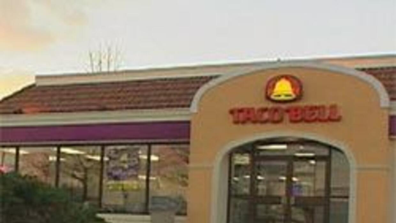 Taco Bell retira cebollas tras bacteria