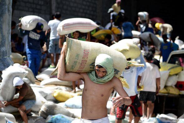 La falta de víveres de primera necesidad ha hecho que la situación en la...