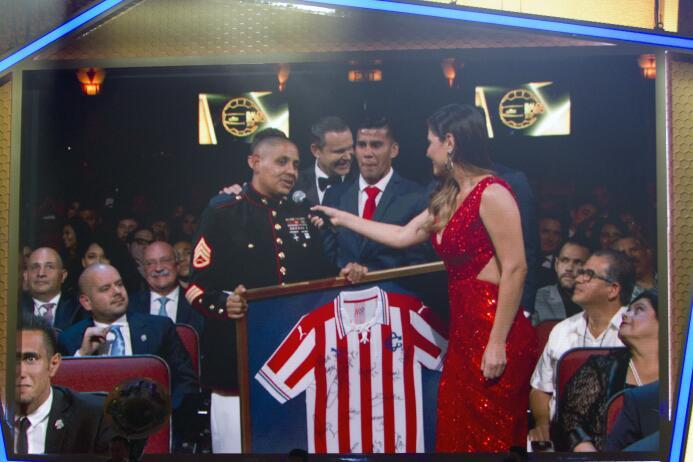 Ellos son los ganadores del Balón de Oro Reconocimiento a Aficionado Mex...