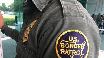 Unos 2,400 agentes de la Patrulla Fronteriza vigilan en el sector de San...