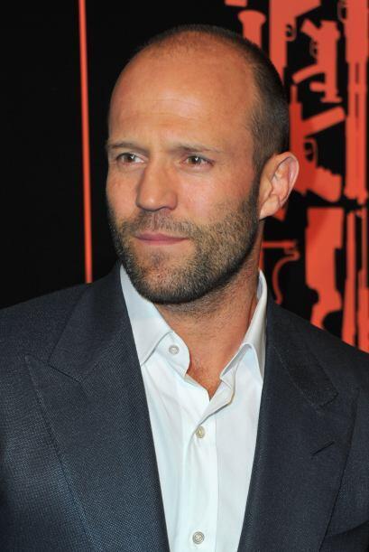 El actor británico luce esplendido a sus 46 años y deja muy en claro que...