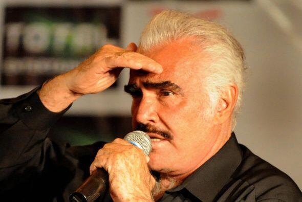 Vicente Fernández lloró en su adiós a Phoenix   Apa...