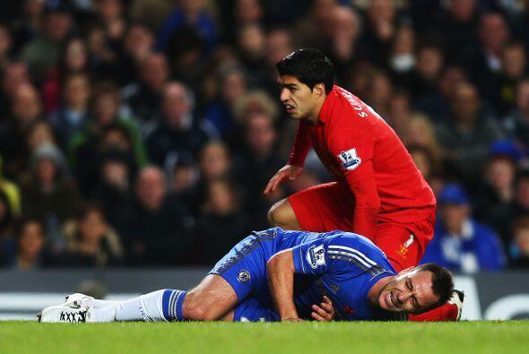 Pero no todo fueron buenas noticias para Terry, quien se lesionó a falta...