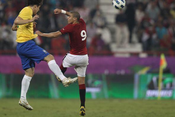 Brasil intentaría muchos remates de fuera del área de Bruno César y Hern...