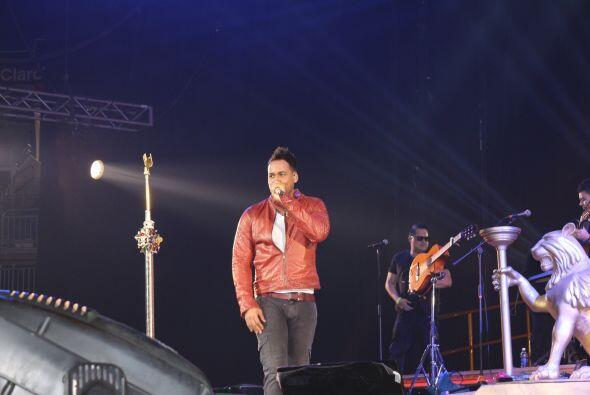 Fotografías tomadas durante el concierto de Romeo Santos, efectuado el 1...