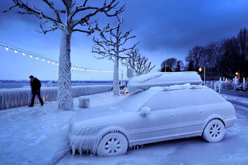 Consejos para manejar en nieve y hielo GettyImages-138288593.jpg