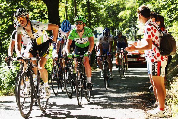 La primera jornada alpina se disputó con calor, algo inusual en el Tour...