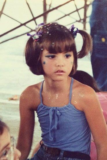 No pueden negar que desde muy pequeña, la colombiana Paulina Vega, ya te...