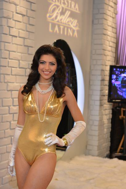 Raquel Huerta de México, audicionó en Houston. Ella es una de bellas que...