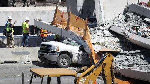 Hasta ahora han sido recuperados los cuerpos de seis personas. Se teme q...