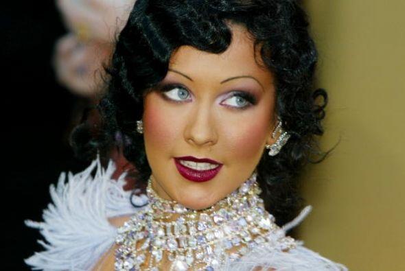 Esta talentosa mujer no sólo ha llevado este 'hair style' con una...