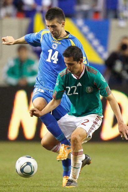 Paul Aguilar jugó como lateral derecho, pero su labor fue mucho más defe...