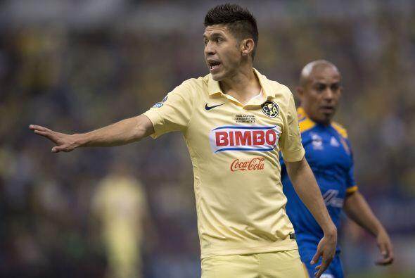 """Oribe Peralta, con todo y que salió campeón con el América el """"Cepillo""""..."""