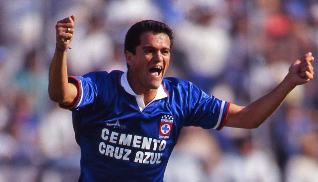 Figuras del fútbol mexicano que han pasado por América y Cruz Azul 20161...