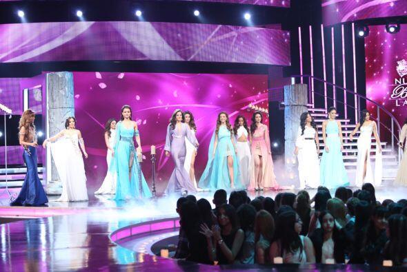 Acompañadas de Yazaira, la ganadora de Va Por Ti, las chicas de Nuestra...