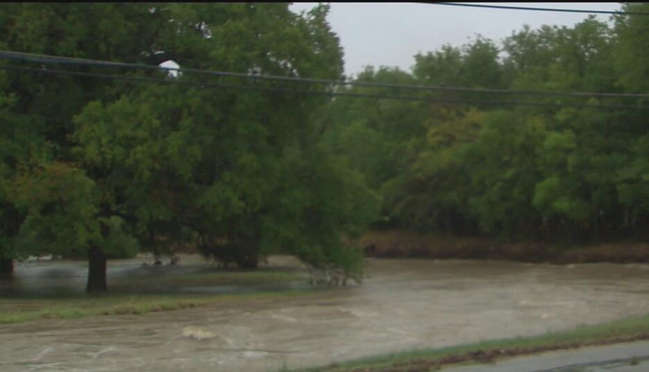 Residentes en el centro de Texas fueron evacuados debido a las lluvias A...
