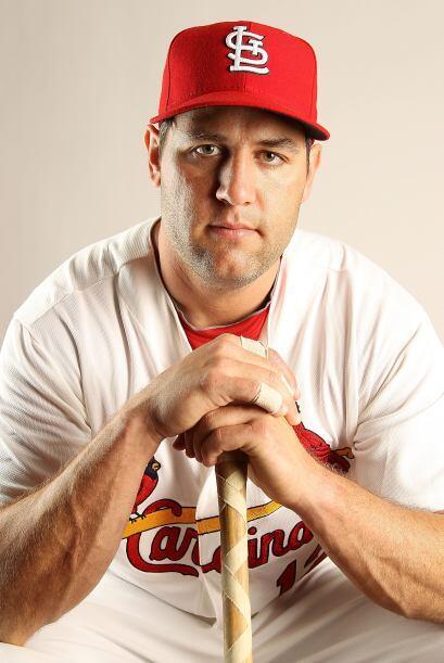 Los Cardinals suponen que la adquisición del jardinero Lance Berkman mej...