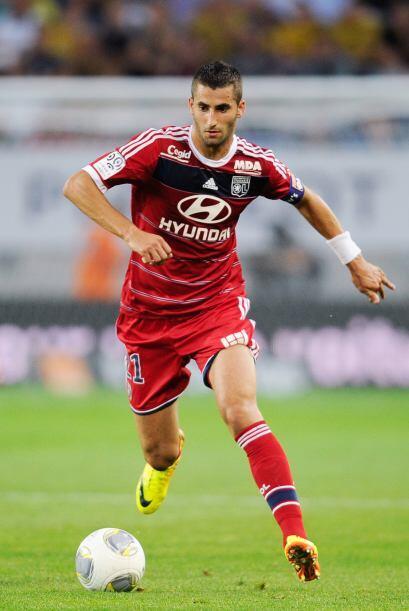 El Nápoles parece cerca de fichar al centrocampista del Lyon Maxime Gona...