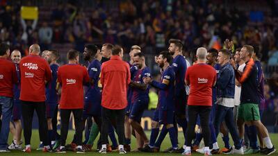 Sí hubo pasillo de campeón: así fue la fiesta de Barcelona por su título de Liga de España