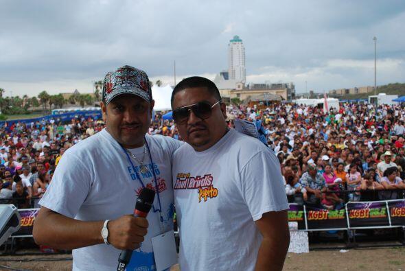 La ambientación de tus DJs favoritos de Univision Radio McAllen y para s...
