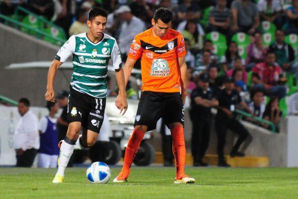 Nestor Calderón (4): INtrascendente en el partido. El volante por derech...