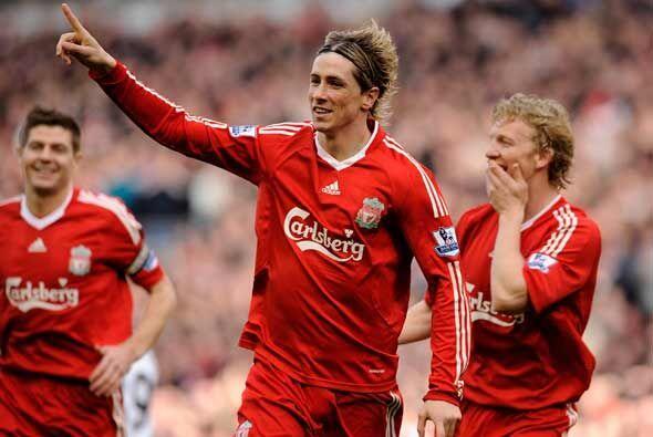 En este duelo el español Fernando Torres tuvo una destacada actuación qu...