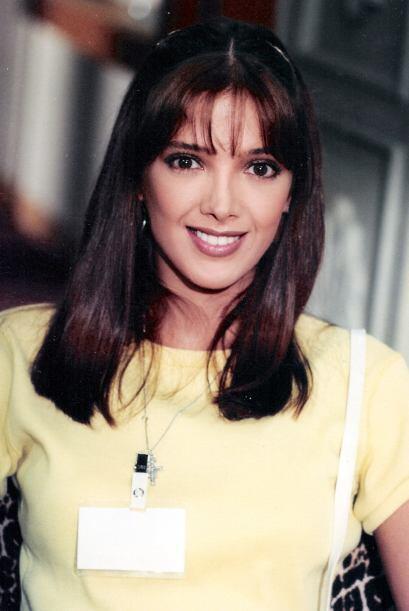 """Adela Noriega cuando protagonizaba la telenovela """"El Privilegio de Amar""""..."""