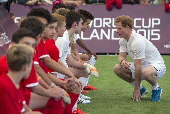 Harry habló con todos los jugadores.