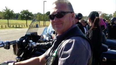 """""""Muy respetado y querido"""": así describen al oficial que murió tras ser atropellado en cortejo fúnebre"""
