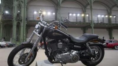 Bonhams presenta la Harley-Davidson del Papa que subasta este jueves en...