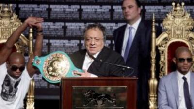 """Sulaimán calificó de """"tremenda"""" la pelea que ofrecieron Cotto y Mayweath..."""