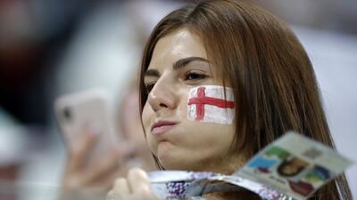 Inglesas y tunesinas engalanaron el Volgograd Arena en el cierre de la jornada mundialista