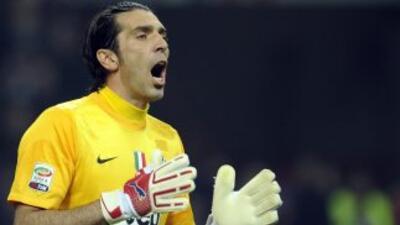 Buffon mantendrá su paso por la 'Vecchia Signora' al menos hasta el 2015.