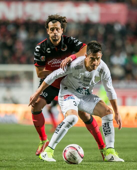 Los Xolos remontan al León y siguen soñando con la Liguilla 20171103-628...